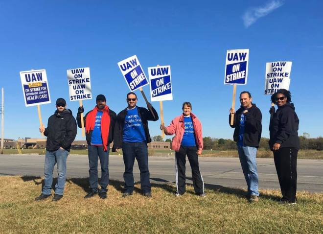AAUP-WSU with UAW Strikers 1